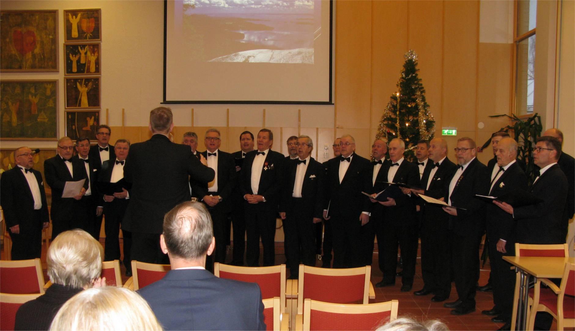 Suomen 100-vuotisitsenäisyyspäivä Pietarsaaressa