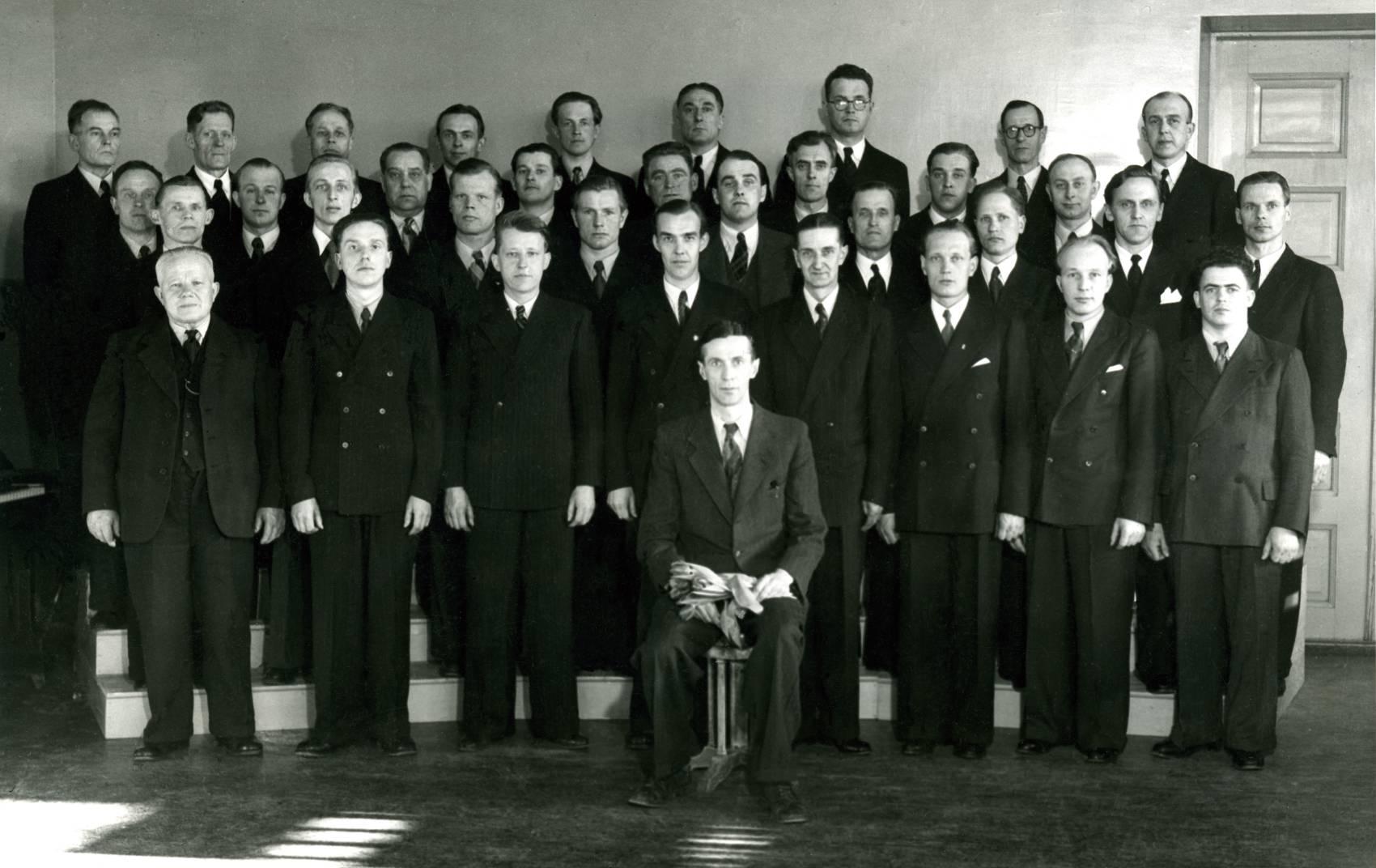 Pietarsaaren Laulu-Jaakkojen alkutaival